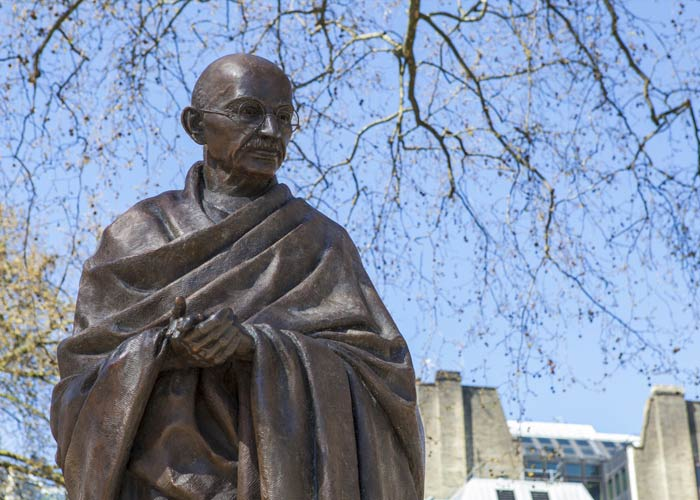 long and short essay on mahatma gandhi in english for children and  mahatma gandhi essay   words